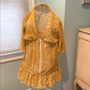 Mustard yellow tunic with flare sleeves